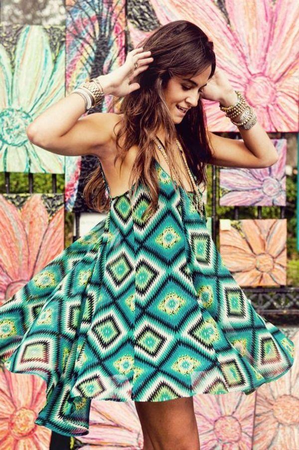 robe hippie chic géométrique, robe corolle