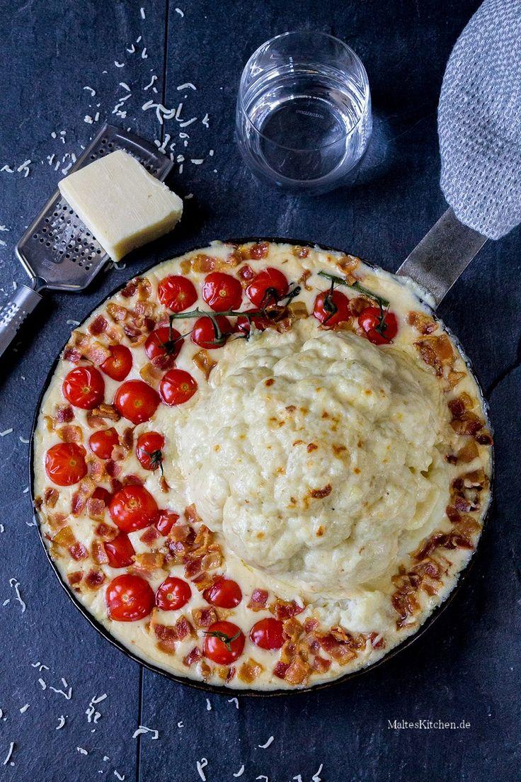 Im Ofen überbackener Blumenkohl mit Pancetta, Käsesauce & Kirschtomaten | malteskitchen.de