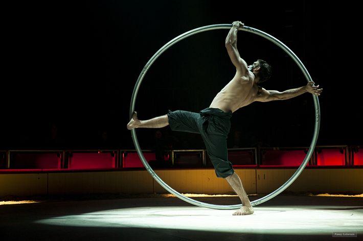 #photography #Circus #show #gymnastic #hoop #France. ©Fanny Lelorrain