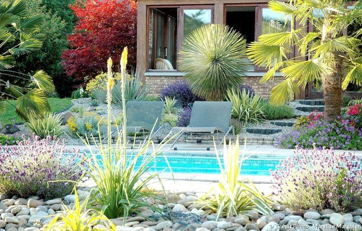 Les 25 meilleures id es de la cat gorie am nagement paysager autour de la piscine sur pinterest for Faire une rocaille au jardin