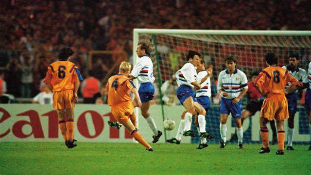 1992. El Barça de Cruyff gana la primera Copa de Europa con un gol mítico en Wembley.