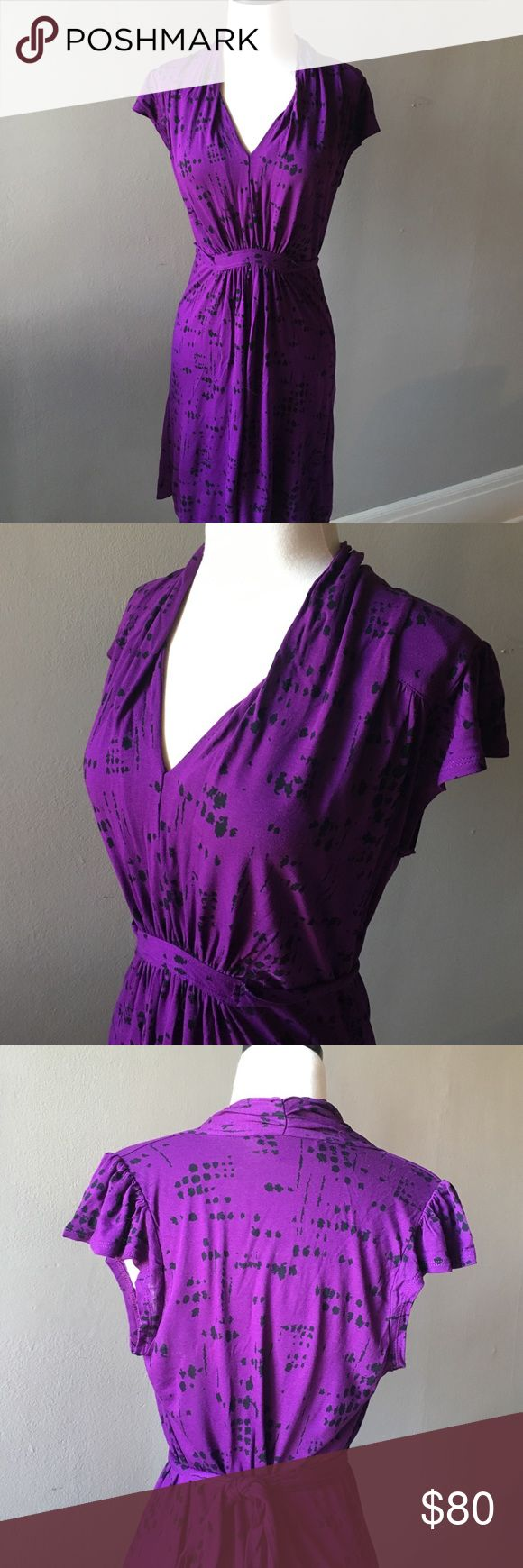 French Connection bright purple dress, size 6 This dress is perfect for summer nights out! Purple and black patterned French Connection dress. Ties in the back and has flutter sleeves. Size 6, length is 34 inches in total French Connection Dresses