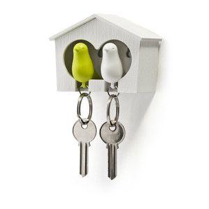 Zamilovaný pár vrabčáků v budce, bílá/zelená