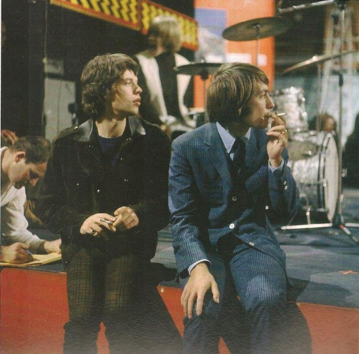 "mymindlostme: "" The Rolling Stones / Charlie Watts and mick Jagger ""                                                                                                                                                                                 More"