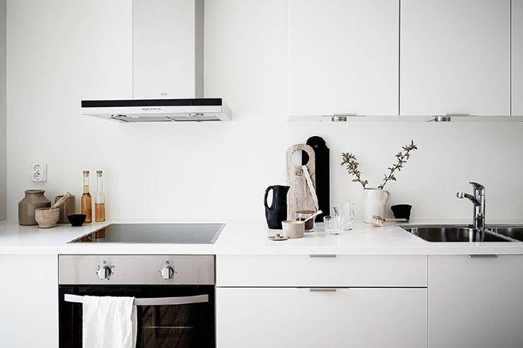 SWEDISH HOME FEATURES THE MOST INSPIRING SCANDINAVIAN INTERIOR DESIGN#interiordesign #luxury #decoration #decor #furniture #lighting #lamps #mid-century #architecture #Architects #design #inspiration #ideas #bocadolobo #delightfull #brabbu #koket #cabinets #rugs #upholstery #sofa #retro #jazz #house #home #residential #commercial #projects #dubai #london #showroom #kitchen #bedroom #livingroom #outdoor #usa #america #studio #delightfull #brabbu #bocadolobo #madrid #newyork #miami…