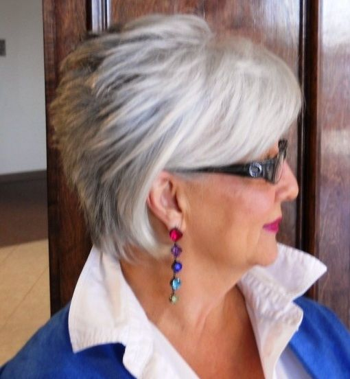 50 Awesome Short Hairstyles Over 50 with Glasses