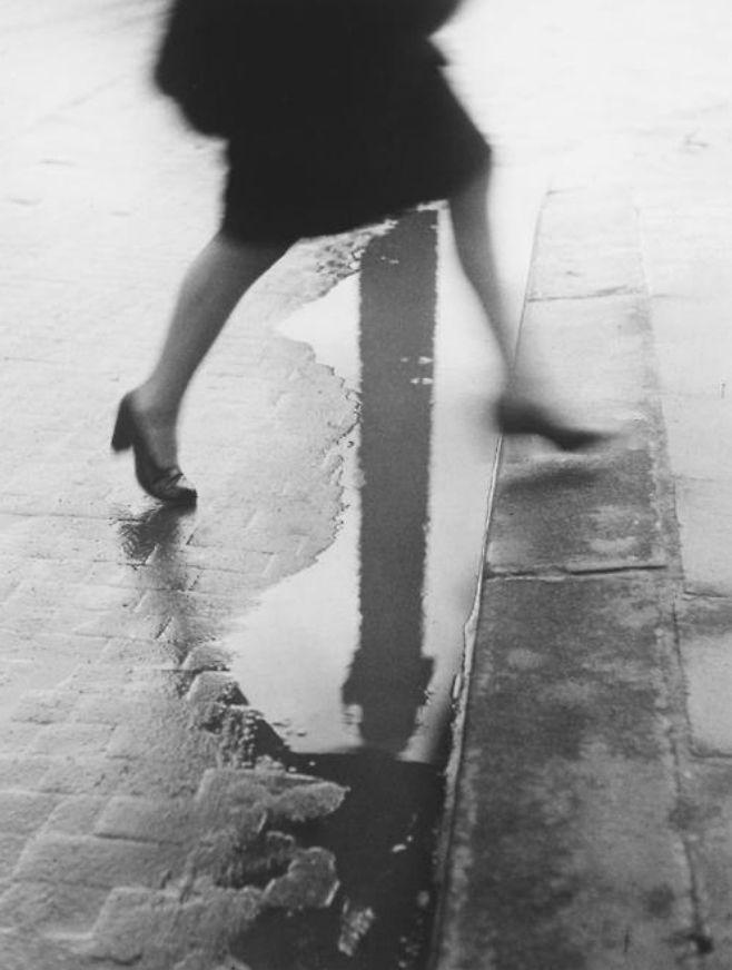Willy Ronis (1910-2009) - 1947: Pluie place Vendôme, Paris