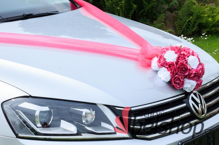 Fuchsia decoration. Wedding car. www.belshop.cz
