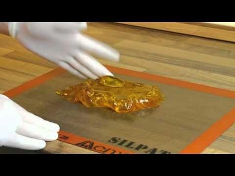 Karamell munka 1 / Pulled sugar work 1 - YouTube
