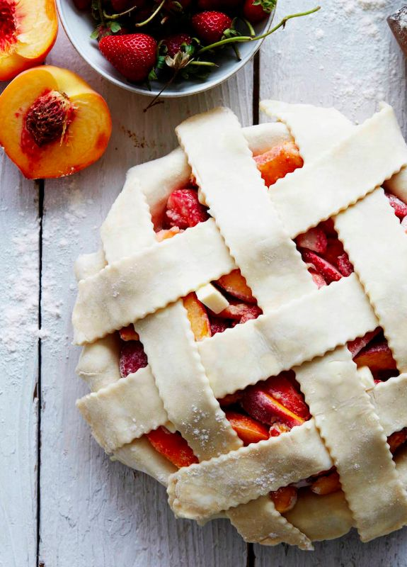 Strawberry Peach Pie Prep from www.whatsgabycooking.com the perfect summertime dessert with a crust that will rock your world! (@whatsgabycookin)