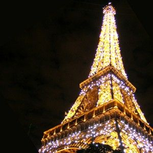 Number 1 ~ See the Eiffel Tower sparkle