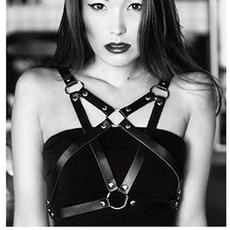 Sexy Fashion Punk Real leather Harness Star Pentagram Body Bondage Pentacle Star Waist Straps Belt