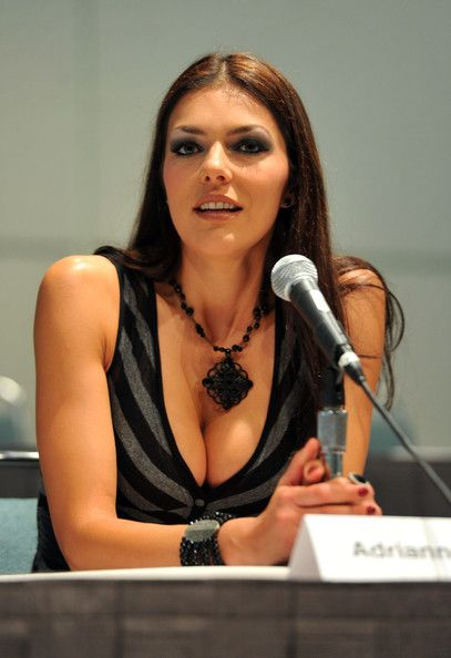 American Actress Adrianne Curry ...... Curry appeared on VH1's celeb science fiction reality show Celebrity Paranormal Project in 2006, along with her husband, and on WE TV's From Russia with Love that documented her trip to Russia and aired November 2007.