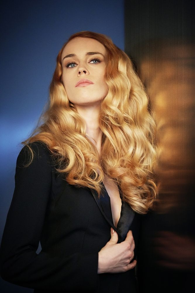 Mary Charteris password undulations Rose Gold! #itgirls #itlook # LOrealProNZ