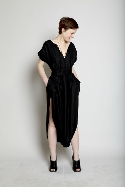 Totokaelo - Electric Feathers - Lantern Cocoon Dress with Obi Belt - Black- inspiration