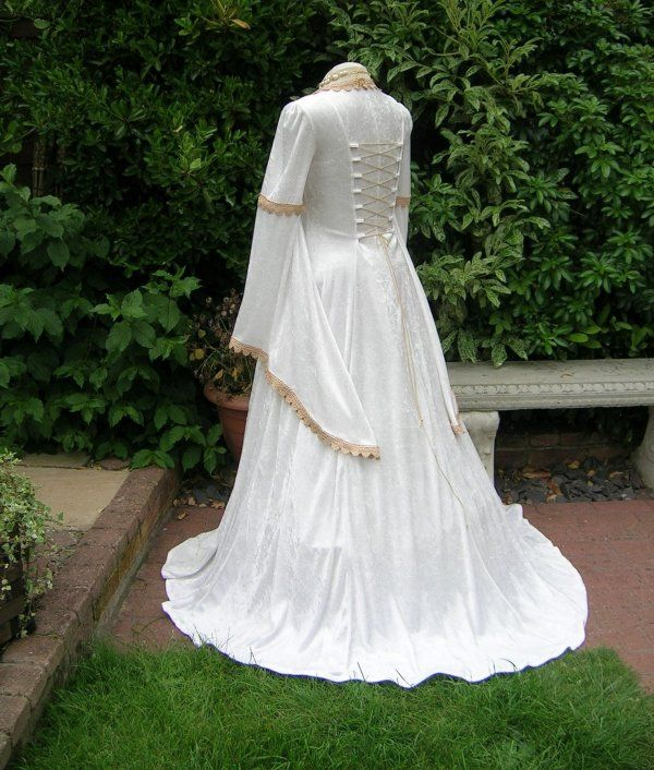 42 Best Renaissance Wedding Dress Images On Pinterest: 40 Best Images About Renaissance Wedding Dress On