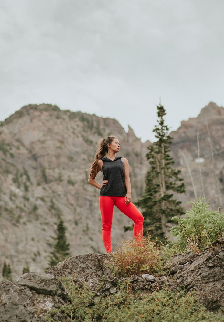 BRAND NEW!!! {Granite Hoodie Tank + Go Long Legging, Crimson} - @albionfit fall essentials | @albionfit