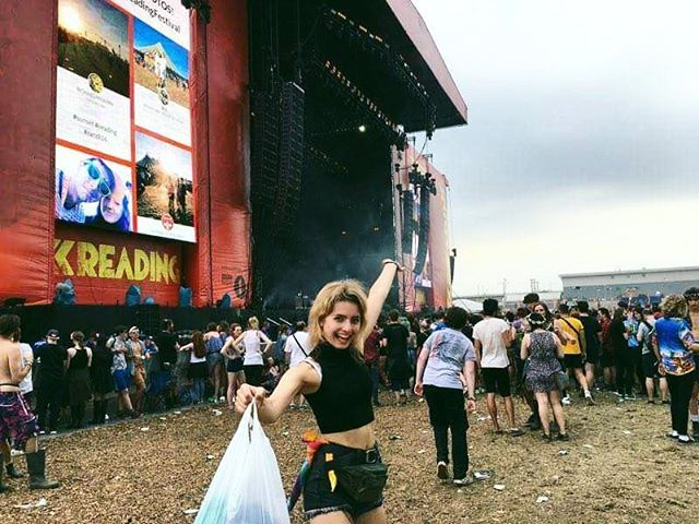 Miss reading 😢 and the mosh pits that we got pushed into 😂😂