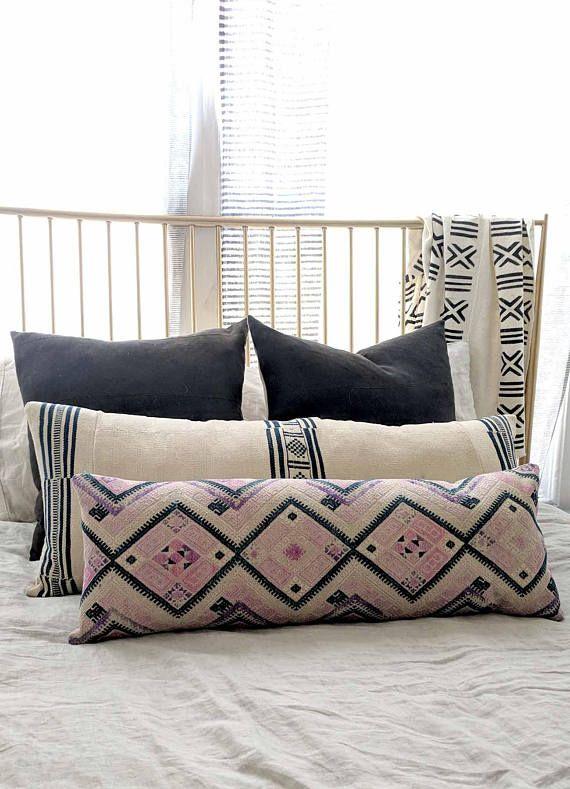 aztec kilim pillow  decorative pillow  lumbar pillow  tribal pillow  organic pillow  boho wedding pillow  12x20 pillow cover code 3722