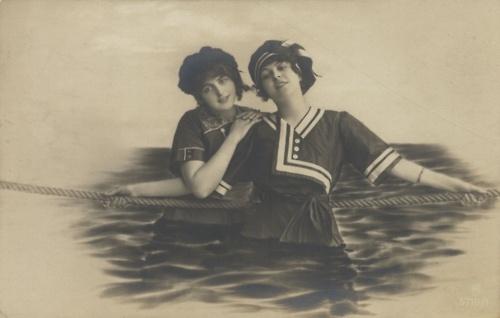 cute sailor girls