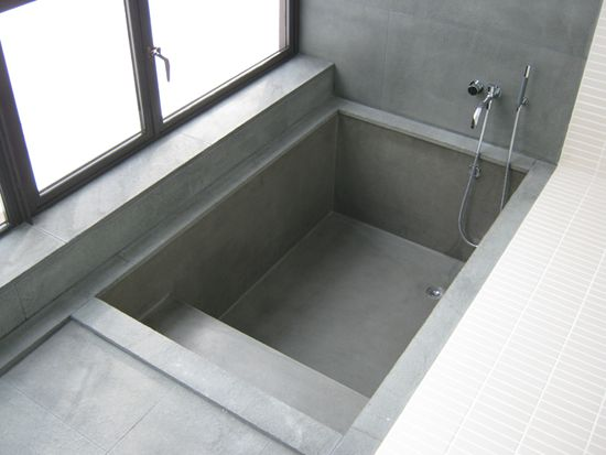 Manufacturer get real surfaces are designers of for Diy concrete bathtub