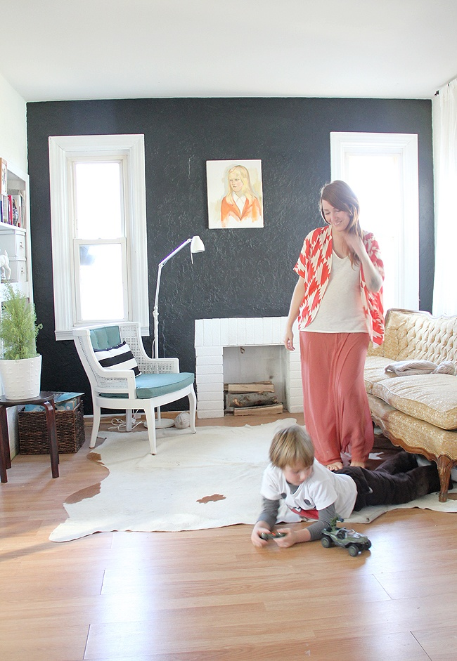 comfy. cozy. cool.: Pencil Boxes, Decor Ideas, Black Walls, Wall Black, Fireplaces, Katy Pencil, Home Decor, Kimonos Jackets, Maxi Skirts