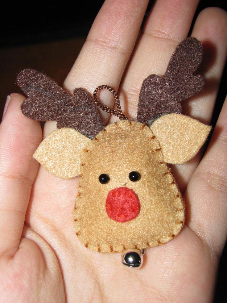 felt reindeer - felt, embroidery yarn, 2 small black beads, jingle bell, brown…