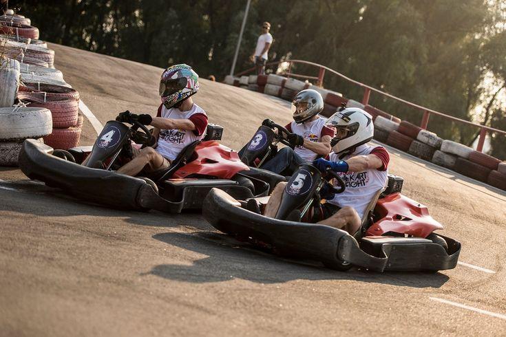 В Украине разыграют путевку на картинг-марафон в Дубае — Red Bull Kart Fight