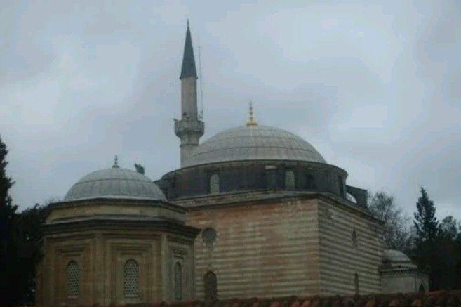 Çoban Mustafa Pasha mosque-Constructive: Çoban Mustafa Pasha (Gazi Mustafa bin Abdulkerim)-Year built: Estimated 1523-Project: Mimar Sinan-Architect: Mimar Hüsam Aga-Gebze-Kocaeli