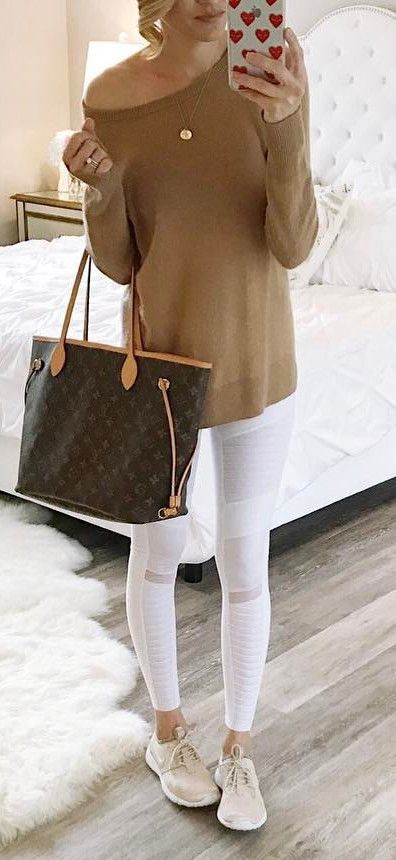how to wear white leggings this spring