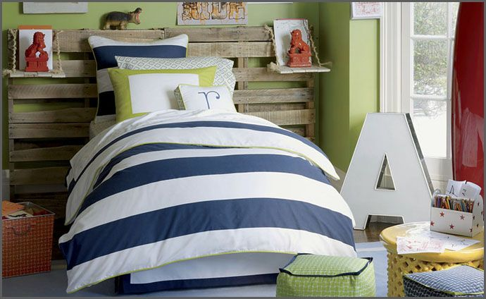 LOVE this color scheme!! Green, stripes, letters...everything...LOVE IT ALL!!
