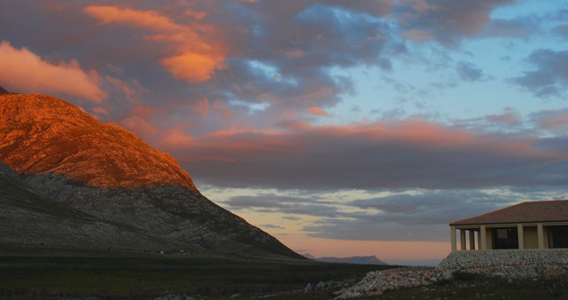"""When they say, """"A picture paints a thousand words"""" this is what they're talking about. Poetry doesn't even come close. See for yourself at 3Flavours Guest House in Pringle Bay.  http://www.capetownmagazine.com/must-see-and-do/Peace-Quiet-and-Fynbos-at-Pringle-Bays-3Flavours-Guest-House/140_52_10632"""