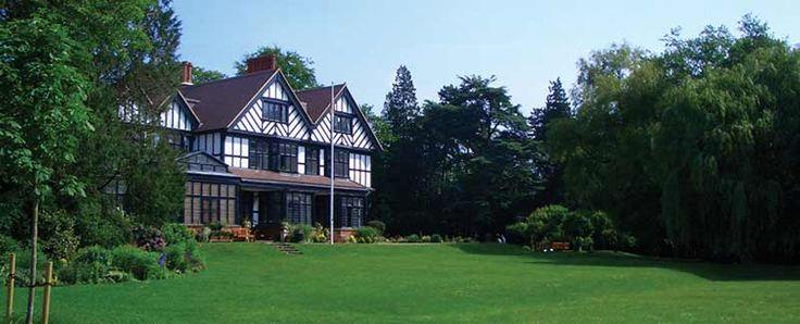 ISKCON Bhaktivedanta Manor Hare Krishna Temple Watford | The Home of Lord Krishna