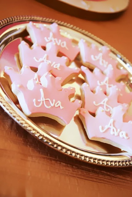 1st Birthday idea for Sofia..I need to find a tiara cookie cutter! Maybe the sandwiches or cookies could be cut in shapes.