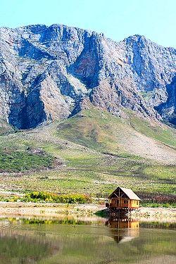:: Platbos Log Cabins  Slanghoek Breedekloof
