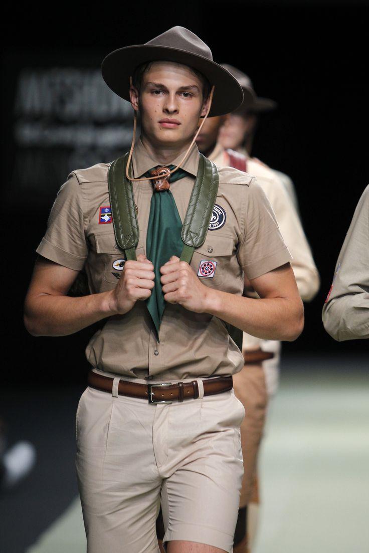 CAMPAMENTO SOLOiO SS 17 COLLECTION  www.soloio.com   #menfahion #fashionrow #menfashionrow #mentrends #SS17 #menstyle #boyscouts #inpiration #mfshowmen #mfshow #fashionrow