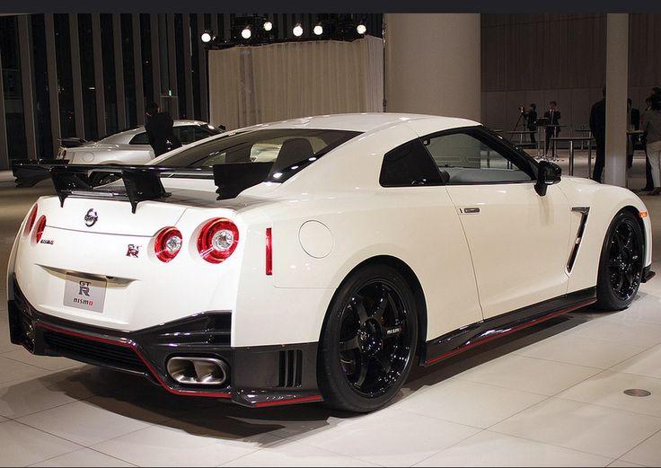 Mer enn 25 bra ideer om Nissan gtr specs p Pinterest  Nissan