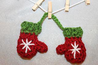 free pattern :  Mini Mitten Set (ornaments) by Khy's Closet - Ravelry
