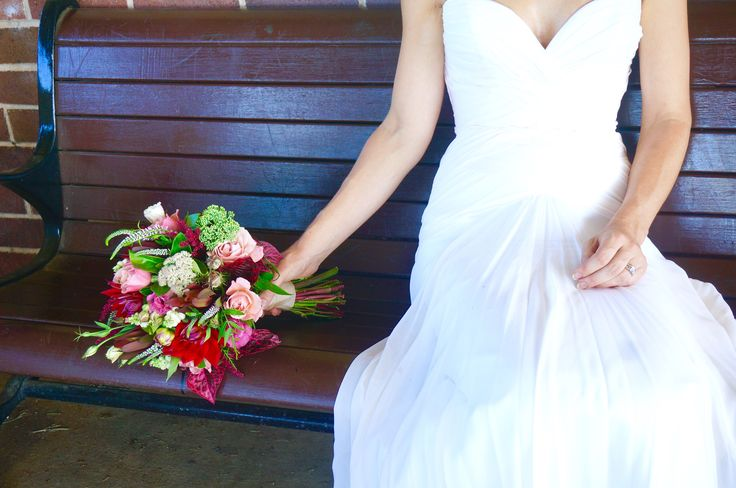 Red & pink bouquet, hand-tied posy relaxed wedding - Petal Post Sydney
