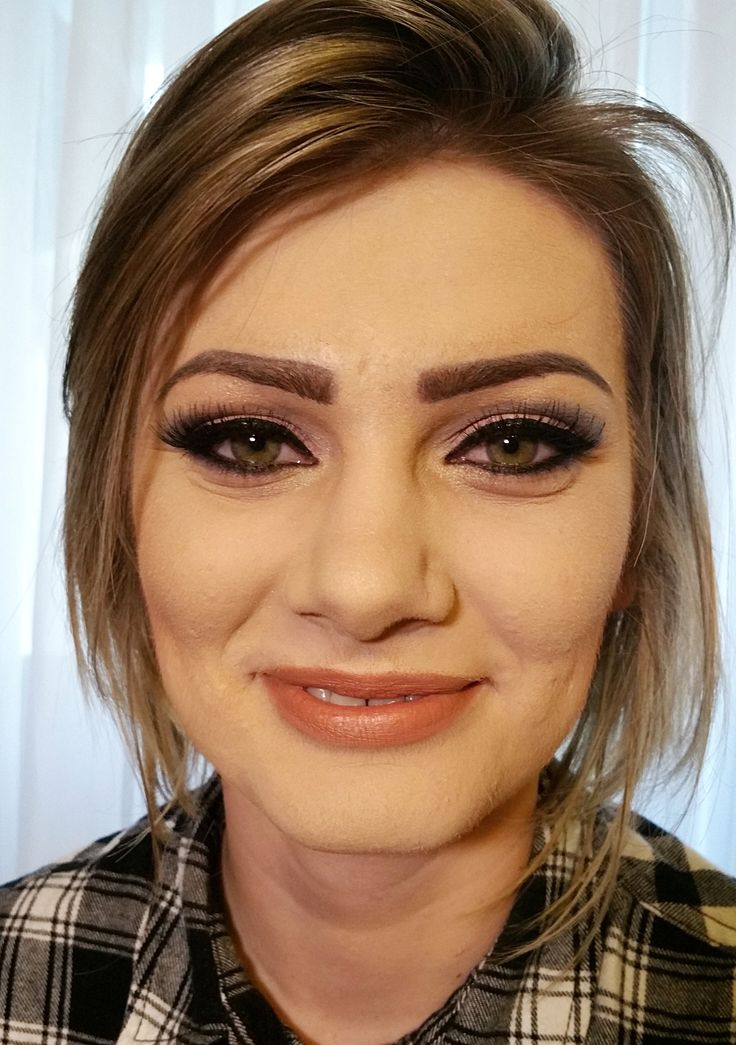 airbrush makeup pink gold