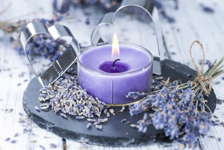 10 Best Housewarming Gifts - Something Scented