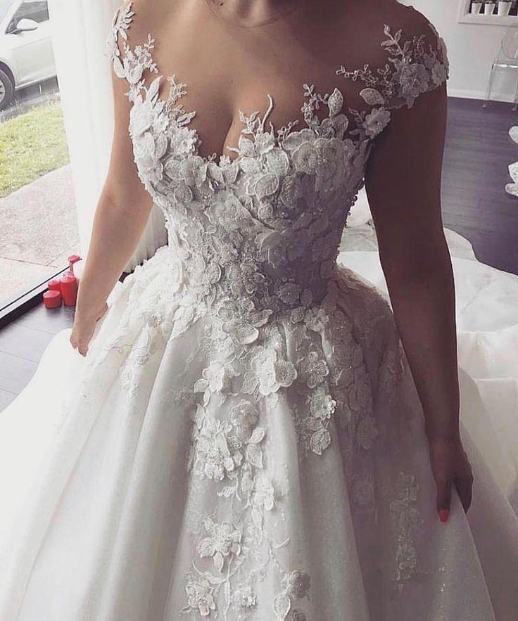 Custom Made Wedding Dresses What To Expect Wedding Dresses