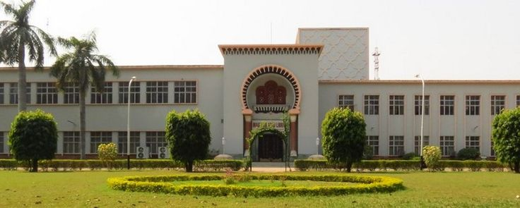 Goooogly Web Just Scroll it to find something Valuable for you : Vice Chancellor of Aligarh Muslim University did A...