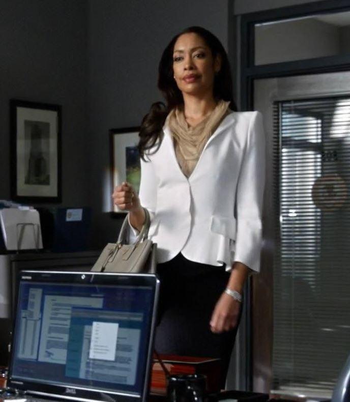 red prada purses - Jessica\u0026#39;s Prada Saffiano Gardener\u0026#39;s Tote Bag Suits Season 3 ...