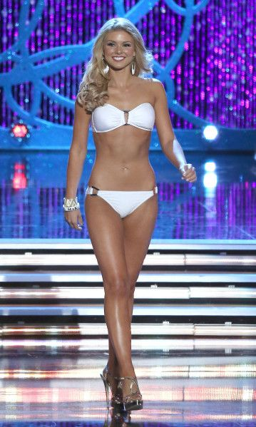 5 Tips on How to Win the Miss America Swimsuit Competition