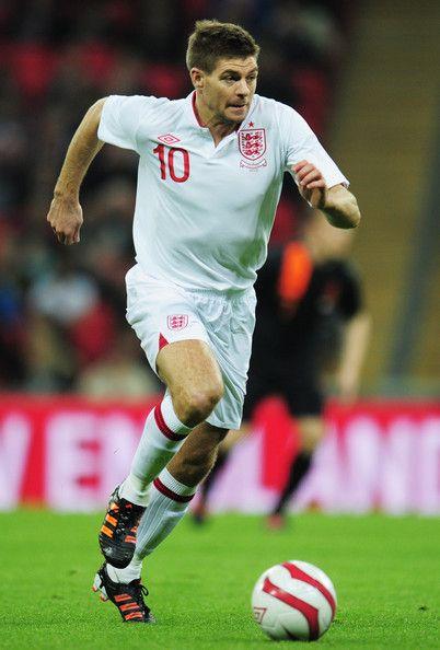 Steven Gerrard. #Soccer #Futball #Football #England