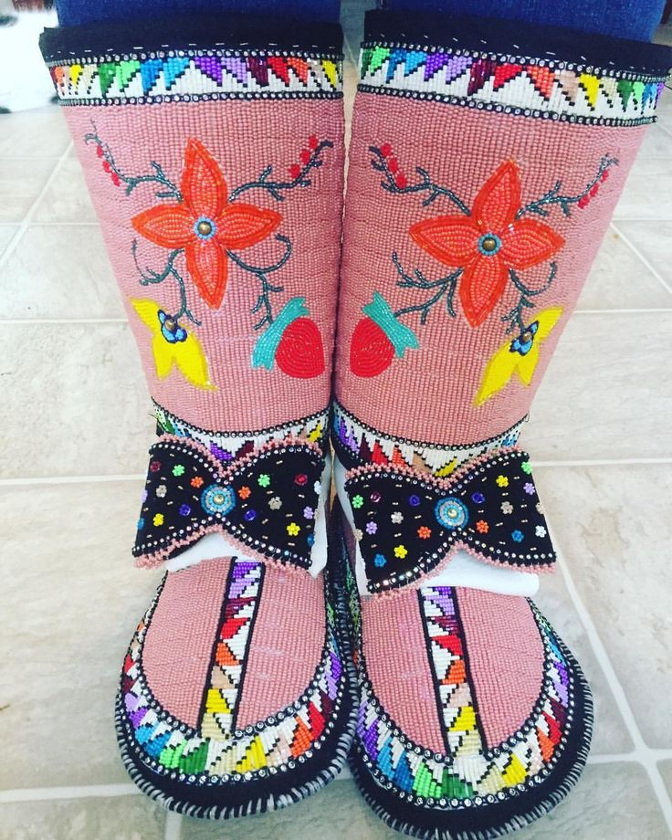 "145 Likes, 7 Comments - Prair Bird (@p_is4_prair) on Instagram: ""#powwows can be a black tie event eh? #beadwork """