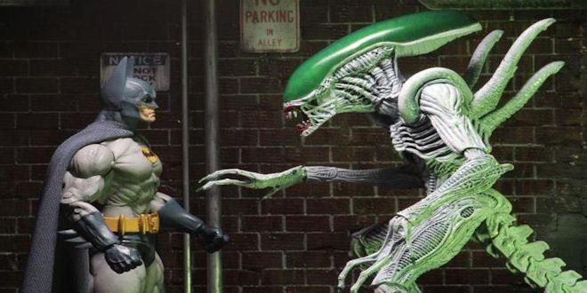 """Neca Toys #Batman Vs. Alien 7″ Action FigureSet  NECA is extremely excited to reveal the first in new series of action figure 2-packs inspired by classic comic book mash-ups! The first release in the """"Versus"""" line comes from the 1997 Batman/Aliens comic book mini-series..."""