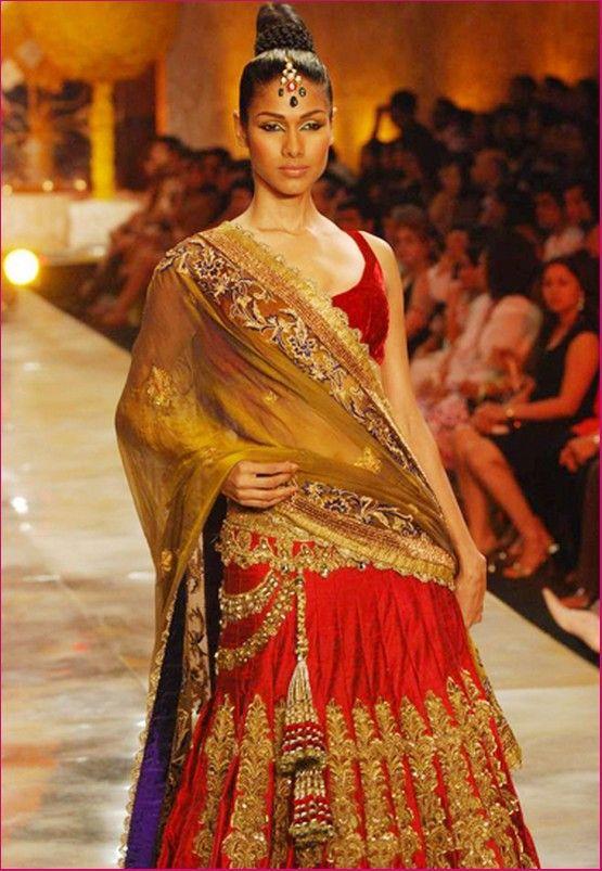 Manish Malhotra Bridal Collection   Manish Malhotra Bridal Collection (1)