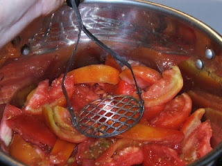 Canning V6 (Not V8) Juice. Also Vegetable Powder.  Want to try this!!: Canning Recipes, Canning Ideas, Ideas Dehydrator, Canning M, Canning Granny, Canning V6, Canning Preserves, Canning Freeze, Tomatoes Skin